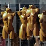 Mannequins as nude models